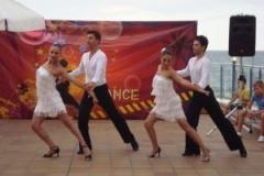 sunny-dance-na-scenata-2013